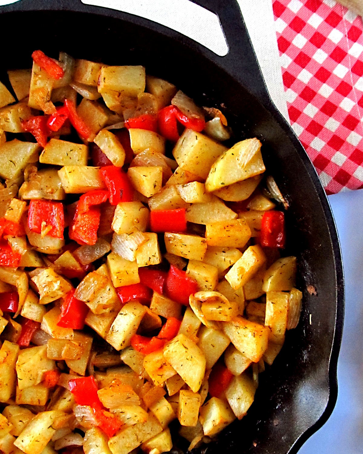 Easy Skillet Potatoes with Smoked Paprika and Dill